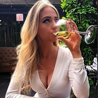 Rich lady dating